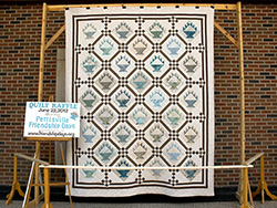 FriendshipDays-quilt-2012-25